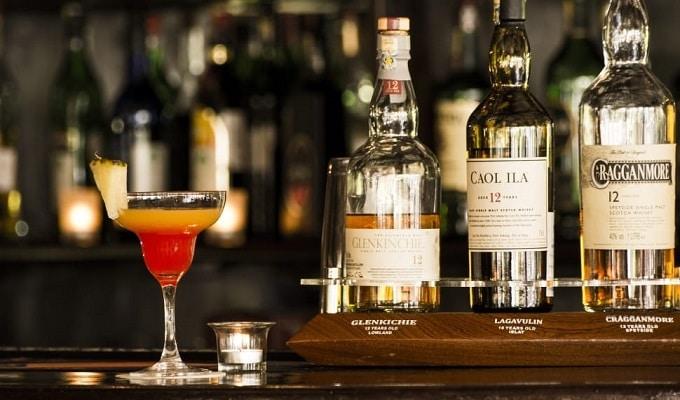 27 Bar Lounge