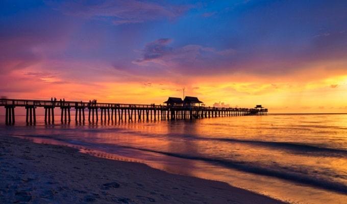 20 Best Bars in Fort Lauderdale, FL Nightlife Drinking