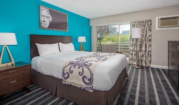 Americana Hotel - Arlington