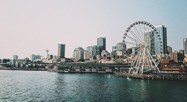 hotels in downtown seattle with free parking